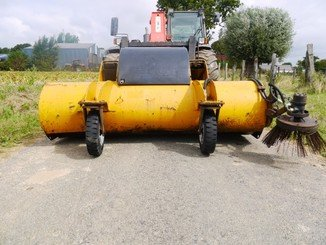 Balayeuse Eastern Attachments RS220 - 2